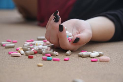 excès drogues dures et addictions festives